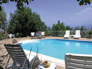 Five-Bedroom Holiday home with Sea View in Melissi Korinthos, Case vacanze  Melission - big - 29