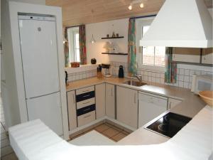 Holiday home Fyrvej Blåvand Denm, Дома для отпуска  Блаванн - big - 16