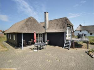 Three-Bedroom Holiday home with Sea View in Blåvand, Dovolenkové domy  Blåvand - big - 1
