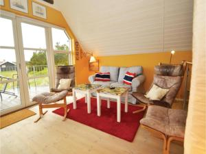 Three-Bedroom Holiday home with Sea View in Blåvand, Dovolenkové domy  Blåvand - big - 14