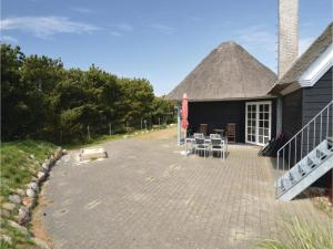 Three-Bedroom Holiday home with Sea View in Blåvand, Dovolenkové domy  Blåvand - big - 36