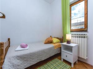 Two-Bedroom Apartment in Visnjan, Apartmanok  Tinjan - big - 11