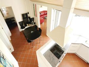 Holiday home Åbrinken Aakirkeby IX, Holiday homes  Vester Sømarken - big - 17