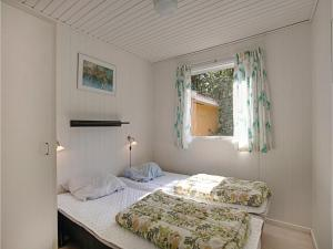 Holiday home Sluseparken Aakirkeby, Дома для отпуска  Vester Sømarken - big - 9
