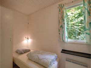 Holiday home Sluseparken Aakirkeby, Дома для отпуска  Vester Sømarken - big - 4