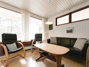 Holiday home Sluseparken Aakirkeby X, Nyaralók  Vester Sømarken - big - 10