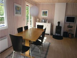 Egernbo, Holiday homes  Vester Sømarken - big - 8