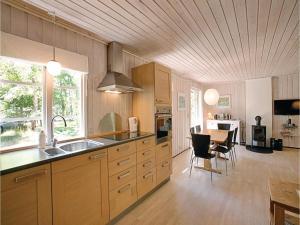 Egernbo, Holiday homes  Vester Sømarken - big - 14