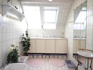 Holiday home Nørre Nebel 56, Prázdninové domy  Nymindegab - big - 4