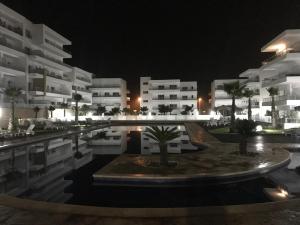 Peninsula, Apartments  Casablanca - big - 2