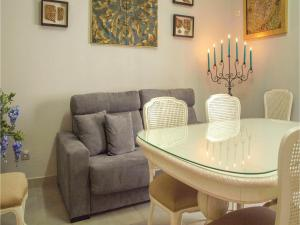 Two-Bedroom Apartment in Cordoba