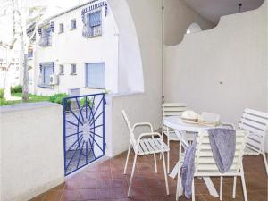Apartment Misano Adriatico (RN) VI - AbcAlberghi.com
