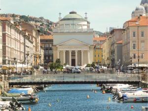 Casa del Balcone, Appartamenti  Trieste - big - 14