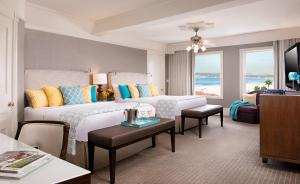 Queen Room with Two Queen Beds and Partial Ocean View