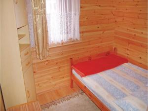 Two-Bedroom Holiday Home in Gaski, Dovolenkové domy  Gąski - big - 4