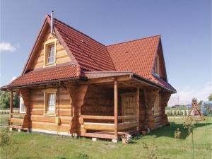 Three-Bedroom Holiday Home in Gaski, Dovolenkové domy  Gąski - big - 1