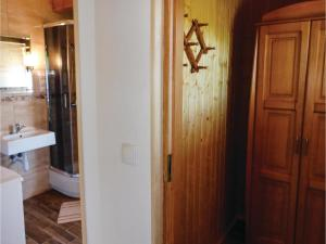 Three-Bedroom Holiday Home in Gaski, Case vacanze  Gąski - big - 12