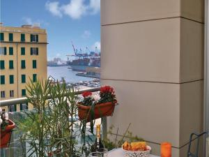 Studio Genova -GE- with Sea View 01 - AbcAlberghi.com