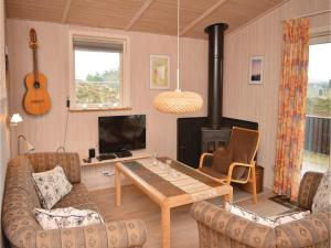 Holiday home Ringvejen VI, Ferienhäuser  Bolilmark - big - 6