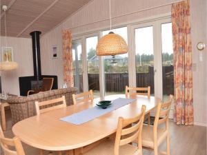 Holiday home Ringvejen VI, Ferienhäuser  Bolilmark - big - 3