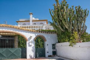 Villa Soleada Calahonda, Vily  Sitio de Calahonda - big - 11