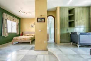 Villa Soleada Calahonda, Vily  Sitio de Calahonda - big - 32