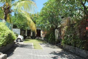 Pungutan House Villa 3, Villas  Sanur - big - 2