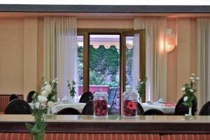 Hotel Hannover, Отели  Градо - big - 6