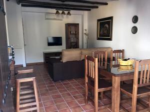 Casas San Cristóbal, Nyaralók  Jimera de Líbar - big - 23