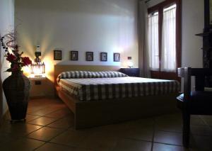Villa Azolata B&B, Bed and Breakfasts  Partinico - big - 61