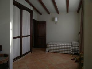 Villa Azolata B&B, Bed and Breakfasts  Partinico - big - 3