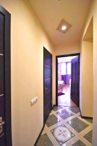 Cozy Three Rooms Republic Square in Center Yerevan, Apartmanok  Jereván - big - 21