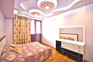 Cozy Three Rooms Republic Square in Center Yerevan, Apartmanok  Jereván - big - 14