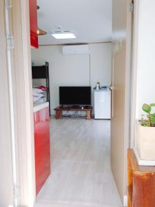 Yours Guesthouse in Tongyeong, Vendégházak  Thongjong - big - 20