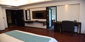 The Madison, Hotels  New Delhi - big - 6