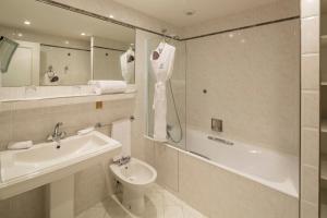 Majestic Hotel Spa, Szállodák  Párizs - big - 44