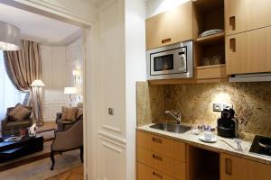 Majestic Hotel Spa, Szállodák  Párizs - big - 54