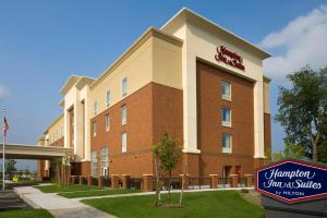 Hampton Inn and Suites Syracuse-Carrier Circle