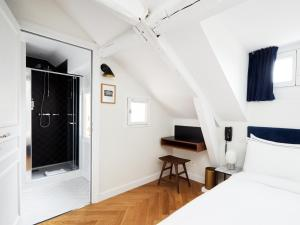 Double or Twin Room - Under the Eaves