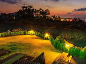 White dream Pension, Hostely  Jeju - big - 7