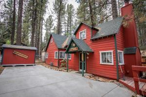 Ponderosa Home, Holiday homes  Big Bear Lake - big - 2