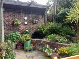 Weston Cottage, Bed & Breakfast  Poole - big - 57