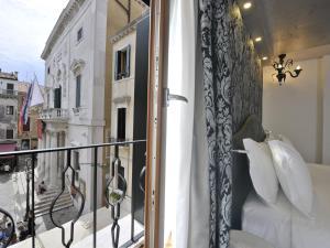 Al Theatro Palace - AbcAlberghi.com
