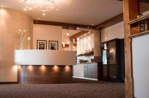 Landhotel Birkenhof, Hotels  Hofenstetten - big - 44