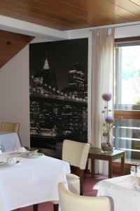 Hotel Stadt Gernsbach, Szállodák  Gernsbach - big - 25