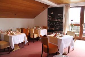 Hotel Stadt Gernsbach, Szállodák  Gernsbach - big - 29