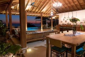 Cala Luxury vacation Homes, Villák  Santa Teresa Beach - big - 17