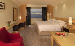 King / Twin Room - Sea View