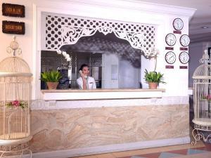 Bella Vista Express Hotel, Szállodák  Kampung Padang Masirat - big - 19