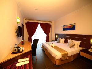 Bella Vista Express Hotel, Szállodák  Kampung Padang Masirat - big - 6